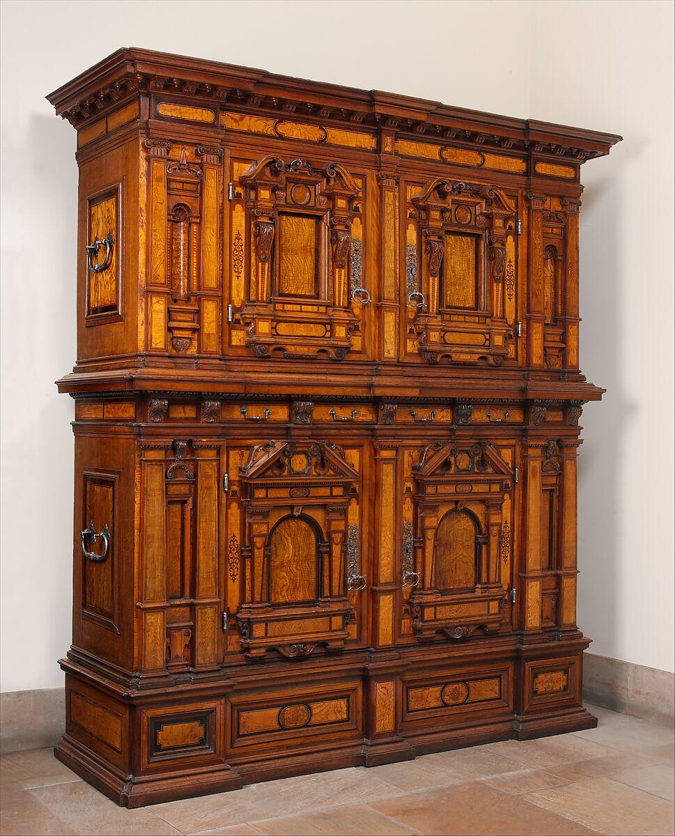 German Kitchen Cabinets: Cabinet (Fassadenschrank)