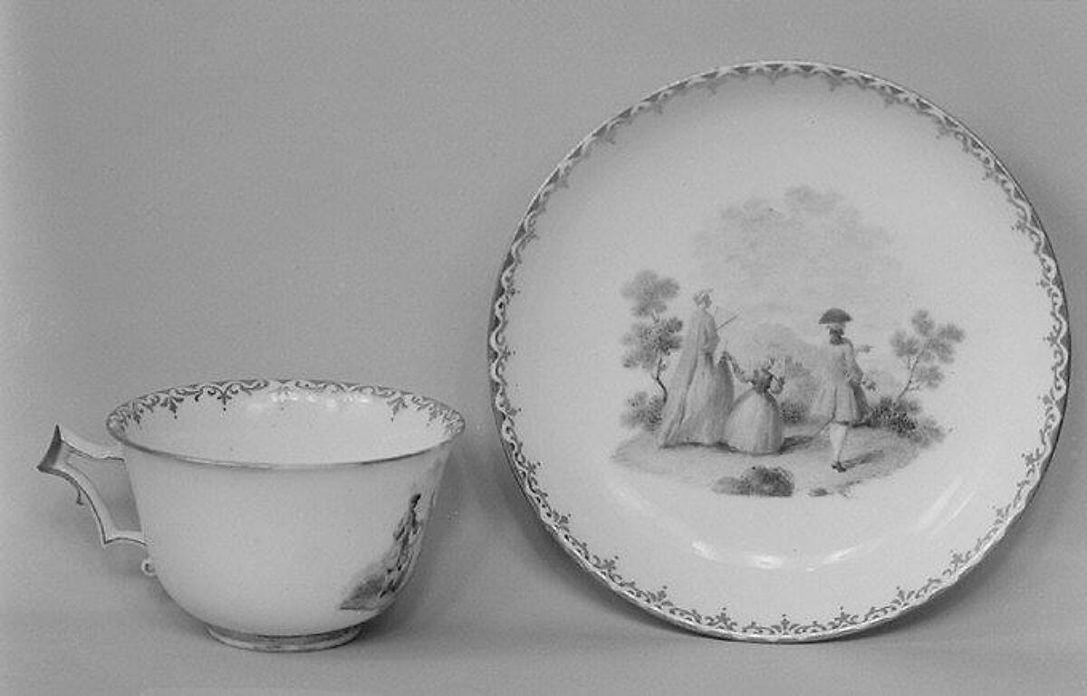 Cup and saucer, Real Fabrica de Buen Retiro (Spanish), Soft-paste porcelain, Spanish, Madrid (Buen Retiro)