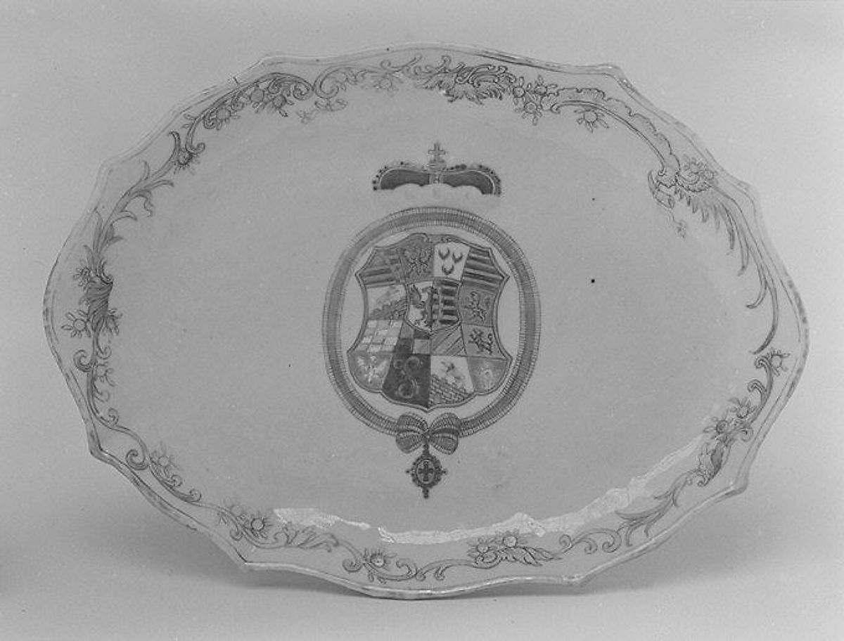 Tray, Hard-paste porcelain, Chinese, for German market