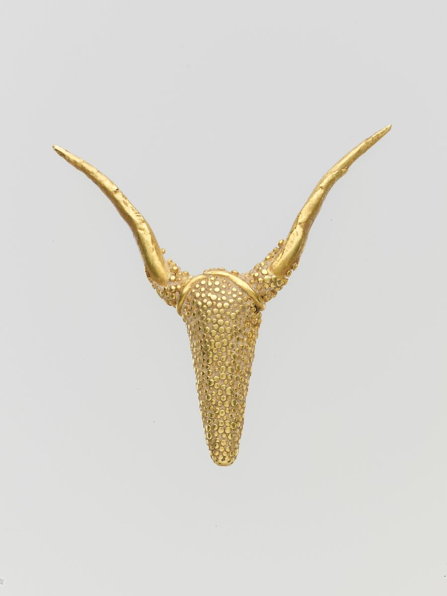 Gold pendant with granulated ornament, Gold, Cypriot