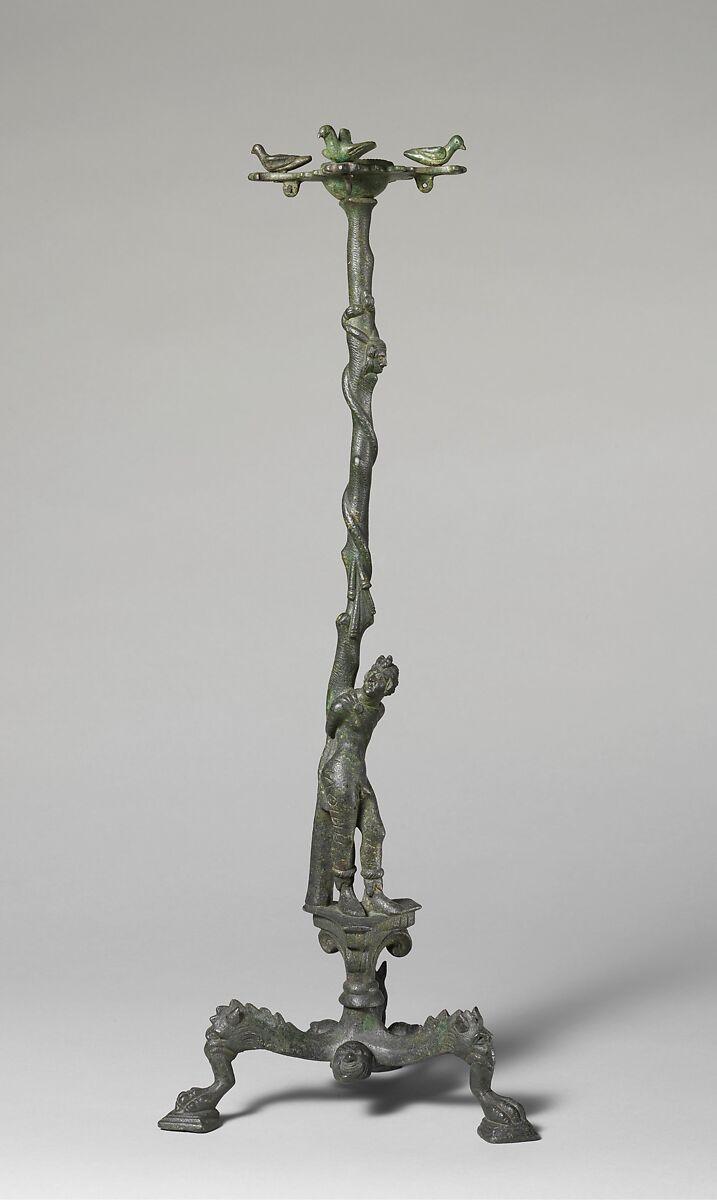 Incensario etrusco, siglo IV a.C. Imagen: Metropolitan Museum of Art.