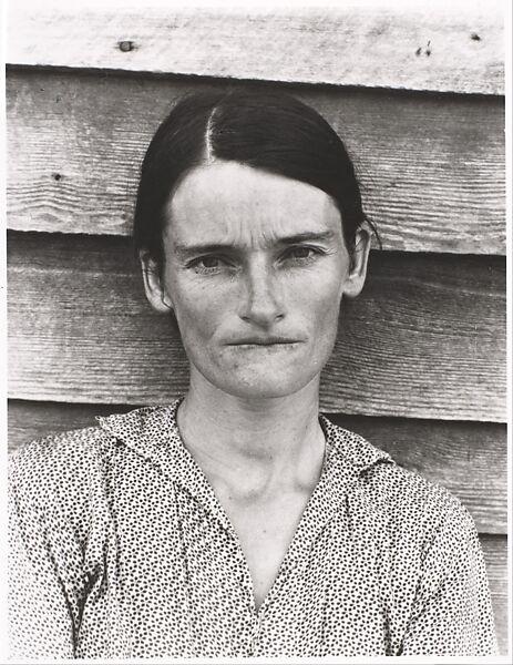 雪莉.勒文翻拍伊文斯的作品展出,製成《After Walker Evans》系列,此為《After Walker Evans: 4》。(圖片來源/取自大都會美術館官網)