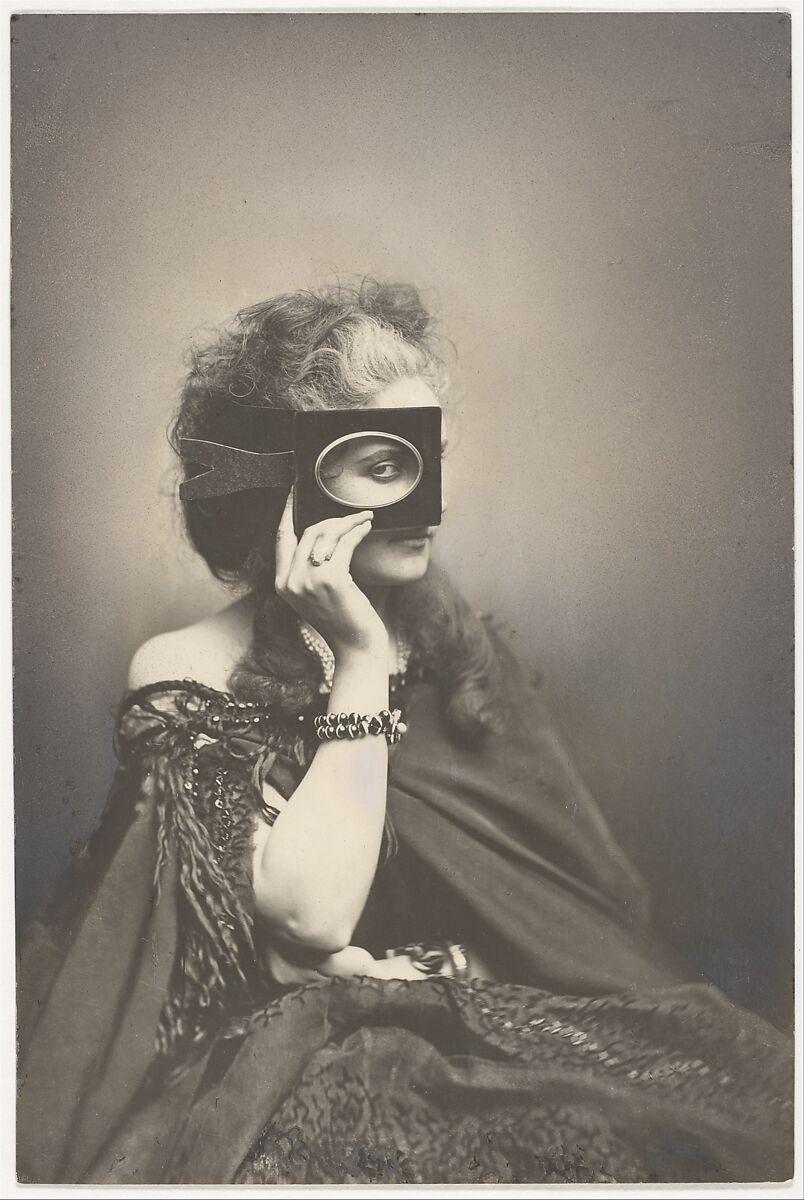 Pierre-Louis Pierson, Scherzo di Follia (Madness Joke), The Metropolitan Museum of Art, New York, NY, USA. Virginia Oldoini