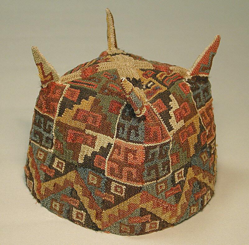 Four-Cornered Hat, Camelid hair, Tiwanaku