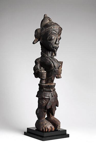 Figure of a leopard chief, Wood, Luluwa peoples
