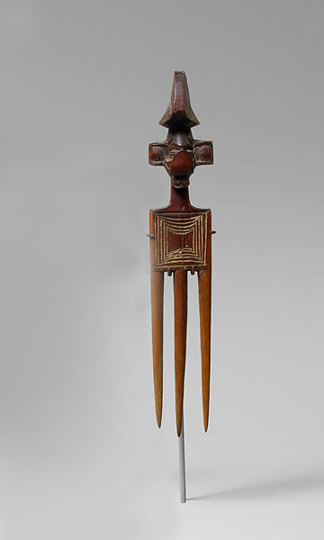 Comb (yisanunu) | Yaka peoples | The Met