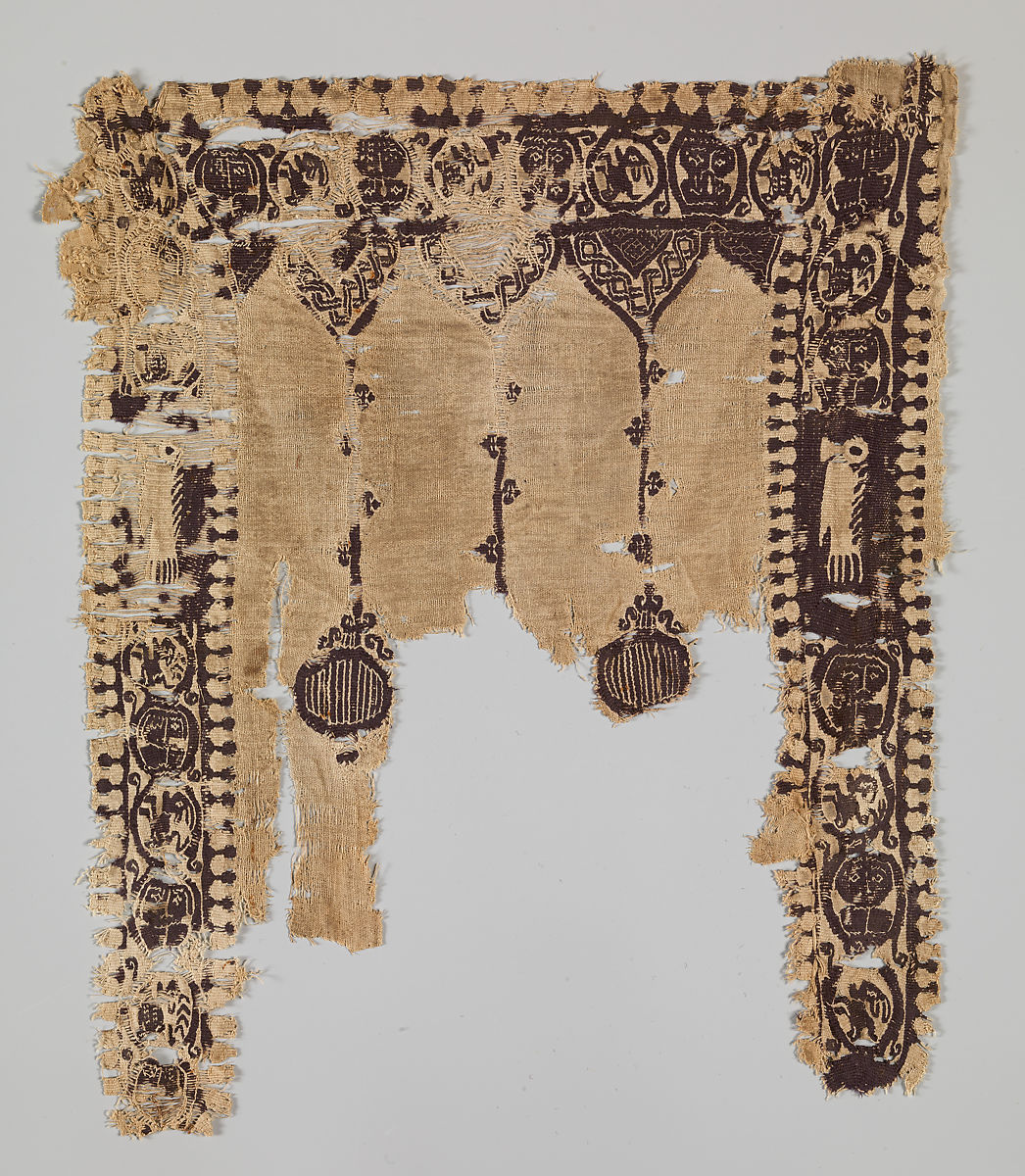 Fragment of a Tunic, Wool, linen; plain weave, tapestry weave