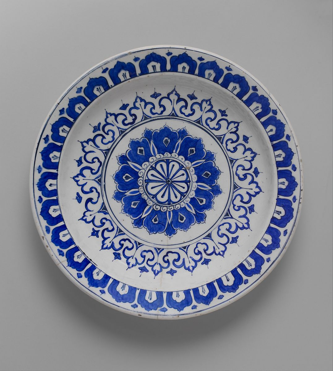 Kaleidoscope Ca: Dish With 'Kaleidoscope' Design