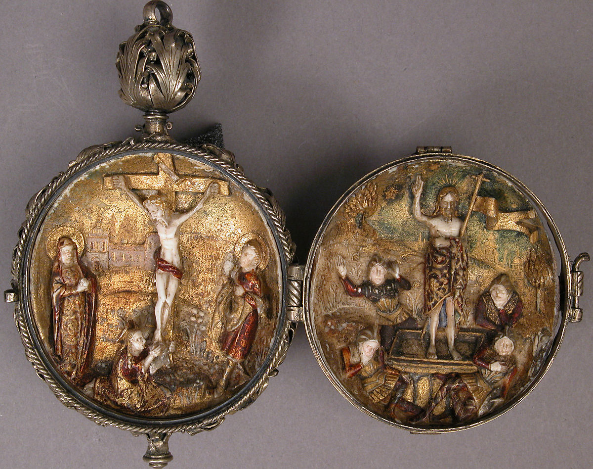 Rosary Bead with the Crucifixion and Resurrection | Spanish | The Met