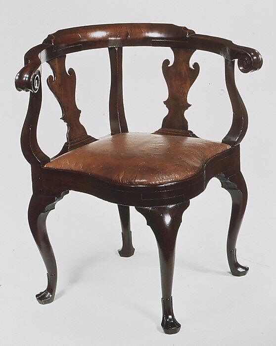 Merveilleux Corner Chair, Attributed To Joseph Armitt (died 1747), Walnut, American