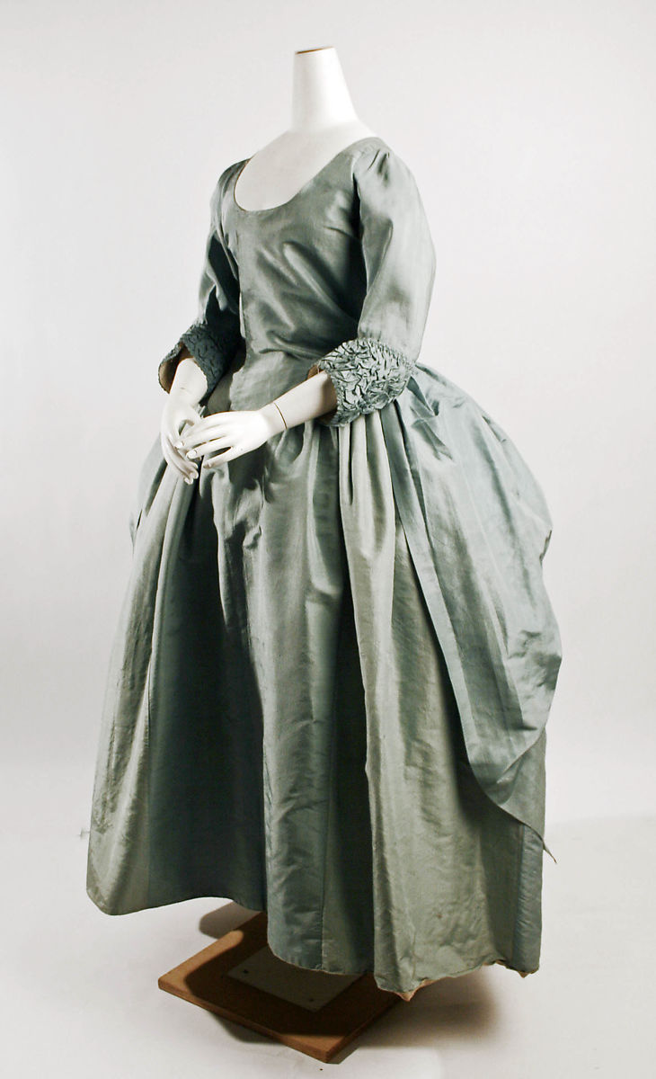 Robe à la Polonaise, silk, British