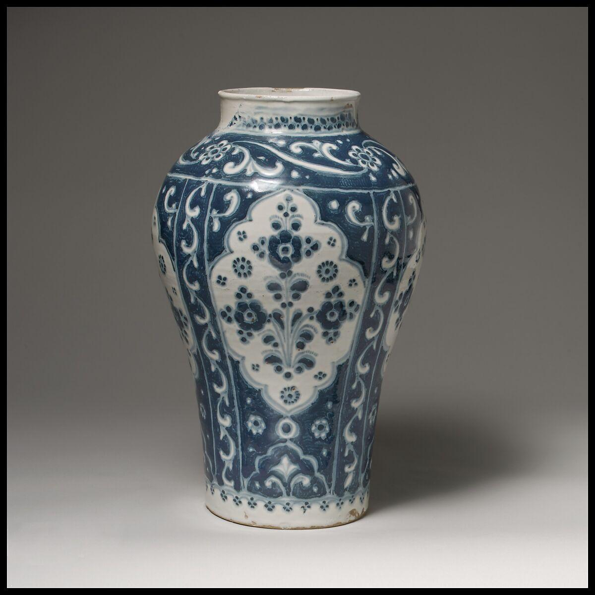 blue decorative vases.htm talavera de puebla essay the metropolitan museum of art  talavera de puebla essay the